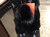 Dimension 7-8 black mukluks made with genuine lamb as