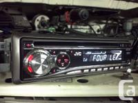 Deck CD Player JVC KD-G230 MP3, plays CDs, CD-Rs, and