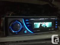Deck CD Player Panasonic CQ-C8313U MP3, plays CDs,