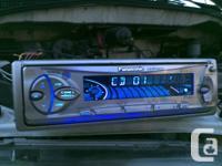 Deck CD Player Panasonic CQ-DFX302U, MP3, plays CDs,