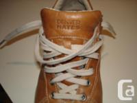 Denver Hayes size 9 leather uppers casual shoes, carmel