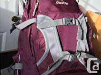 Deuter Transalpine SL, 26L. Nearly new, used only a