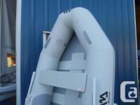"""Aqua Marina Deluxe 8'2"""" Inflatable Boat BT-88810-1 NEW"""
