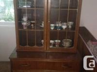 Lovely vintage eating room set incl china cabinet,
