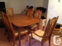 Part of an estate sale!  Beautiful Dining room Set!!