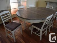I'm selling a gorgeous dinning table with distressed