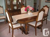 Have a dining room set in ecellent condition, paid over
