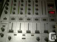 I am selling my Pioneer DJM 600. I've had it for a