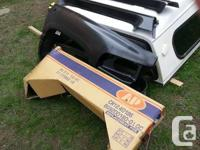 94-02 single cab dodge fenders and rockers  Brand new,