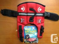 PAWS ABROAD neoprene doggie life jacket - BRAND NEW! -