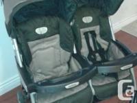Peg Perego 60/40 split Aria Stroller. Great stroller.
