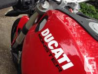 Ducati 696 Monster Naked Street 2009 - 18000 km $7500