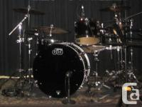 DW Performance Collection Drum Set with Paiste 2002