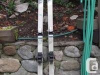 Elan 702 skis, size 180, older model but in good shape.