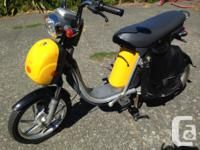 Electric Moped DYAD-urban minimal commuter The Mint