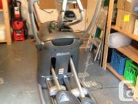 Octane fitness elliptical machine Q37c Comes with pre