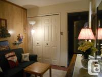 *ENCHANTING, FULLY FURNISHED BEDSITTING ROOM