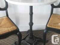 Enchanting Bar Table with Solid Area Leading and