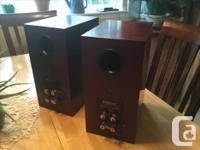 Beautiful cherry veneer cabinets and great sound! Read