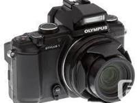Looking for an advanced point and shoot digital camera