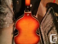 Ephiphone Viola Bass Guitar. Fantastic conidition,