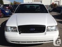 Make Ford Model Crown Victoria Year 2010 Colour White
