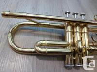 For sale is a Yamaha YTR 1335 student trumpet in