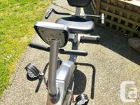 Exerpeutic recumbent bike in excellent working