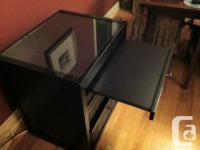 New Price!!! Expandable Desk with drawers in very good