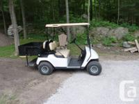 EZ GO Golf Cart 2005, 4 seater (removable back seat),