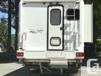 2001 11.5 ft 3000 series Bigfoot Camper. In great