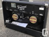 This amp is in immaculate shape. Includes the foot
