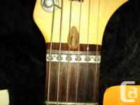 Featuring three Gold lace sensor noiseless pickups,