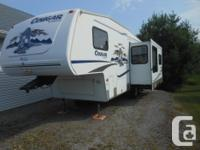 2006 cougar fifth wheel,27 .5 ft half ton towable,fully