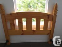 BEAUTIFUL SOLID PINE DOUBLE HEAD BOARD,ENDS ARE CARVED