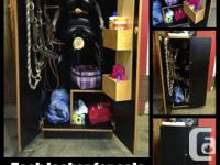 TACK STORAGE LOCKER for sale in excellent condition,