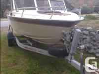 tight boat, works perfectly, turn key, two batteries,