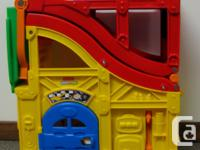Fisher Price Little People fold-and-carry ramp in