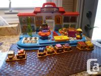 Fisher Price Little People Shop 'N Learn Market * Kids