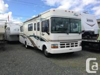 2002 Fleetwood 30H (9035).  Usage the complying with