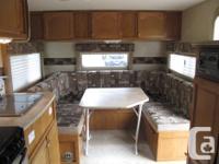 Very light 22 feet trailer, fiberglass exterior and