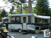 I have an attractive 2005 Fleetwood Valor in superb