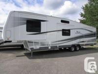 "Fleetwood Terry Quantum AX6 39 5th wheel 2004 39' 11"""