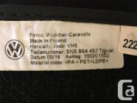 Hi there! I'm selling a set of 4 floor mats for a VW