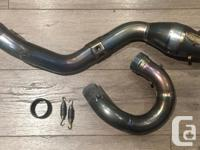 Used FMF MegaBomb header in excellent condition, no