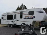 34ft. 2012 Montanna mountaineer fifth wheel in