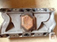 Ford 351 aluminuim intake, no cracks, has a heli coil