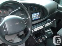 Make Ford Model E-350 Year 1996 Colour white kms
