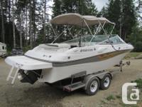 2001 23.5' Lake Cruiser & Wakeboard Boat. Totally