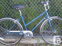 Free Spirit antique cruiser with 26'' tires This bike,
